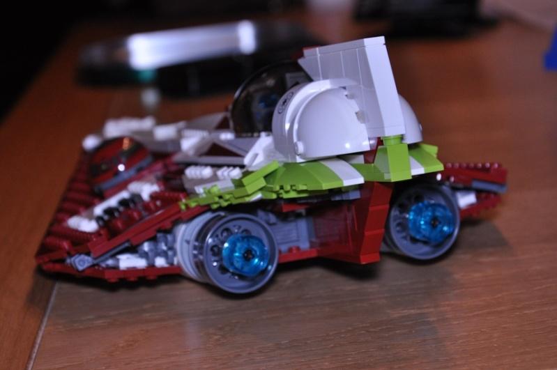 Lego - 10215 - UCS Obi-Wan's Jedi Starfighter Dsc_0245