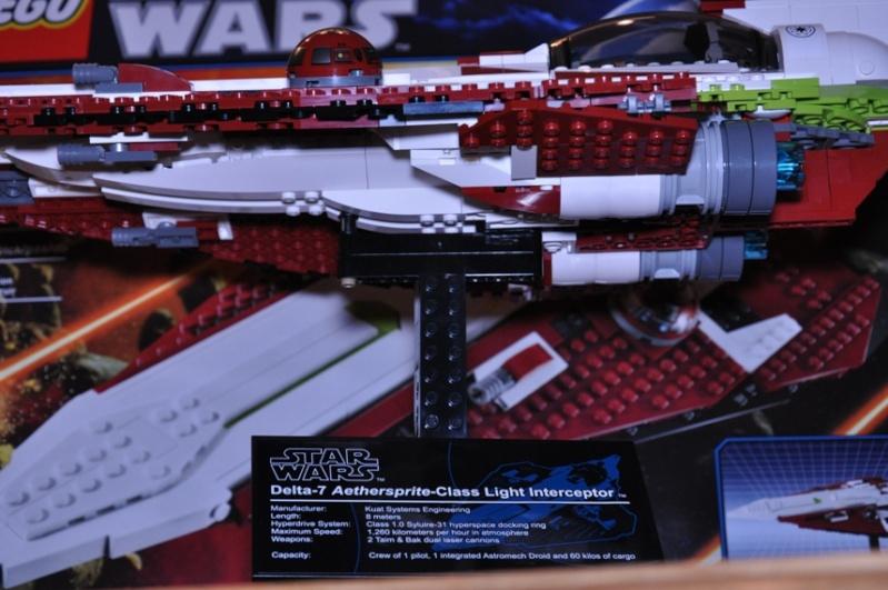 Lego - 10215 - UCS Obi-Wan's Jedi Starfighter Dsc_0251