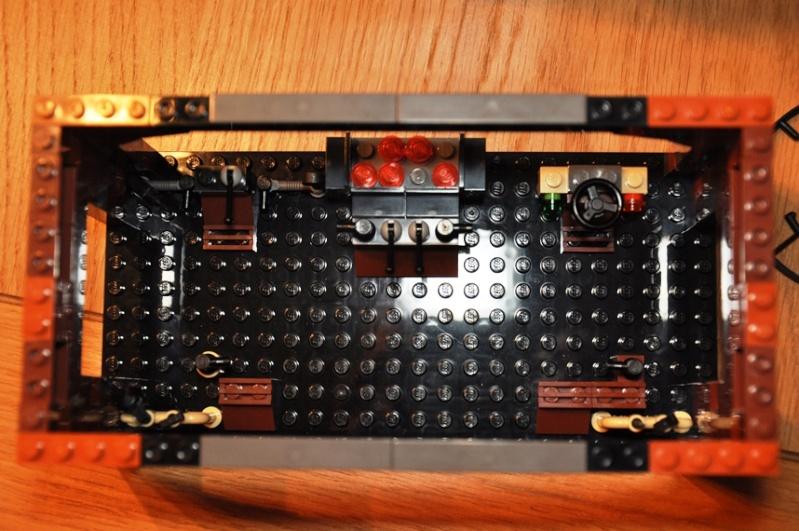 Lego - 10144 - Sandcrawler Dsc_0654