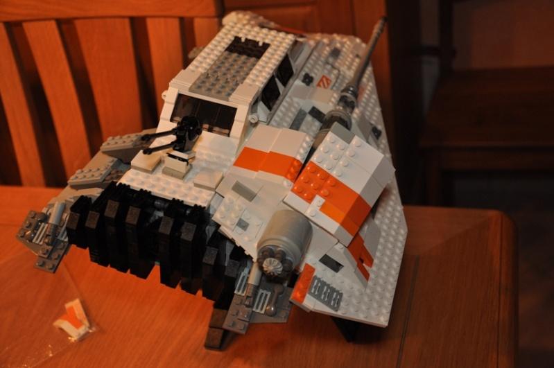 Lego - 10129 - UCS Snowspeeder Dsc_0945
