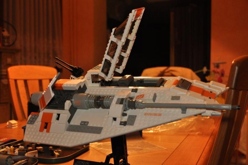 Lego - 10129 - UCS Snowspeeder Dsc_0946