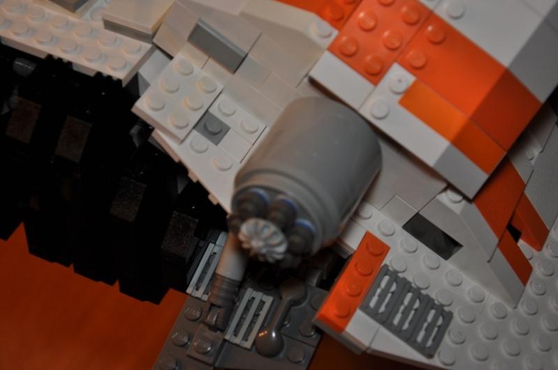 Lego - 10129 - UCS Snowspeeder Dsc_0948