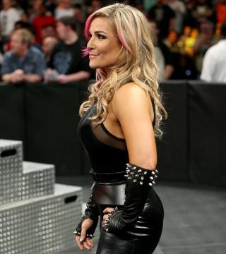 Concours de Popularité WWE de fin de l'année - Page 6 Nataly10