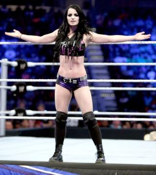 Concours de Popularité WWE de fin de l'année - Page 3 Paige-10