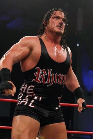 Concours de Popularité WWE de fin de l'année - Page 3 Rhyno_10
