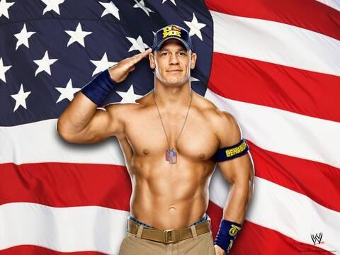 Qui sort avec la WWE
