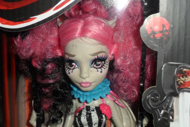 Les Monster High, les poupées que j'aurais aimé avoir petite... Nouveautés - Page 2 Sam_1916