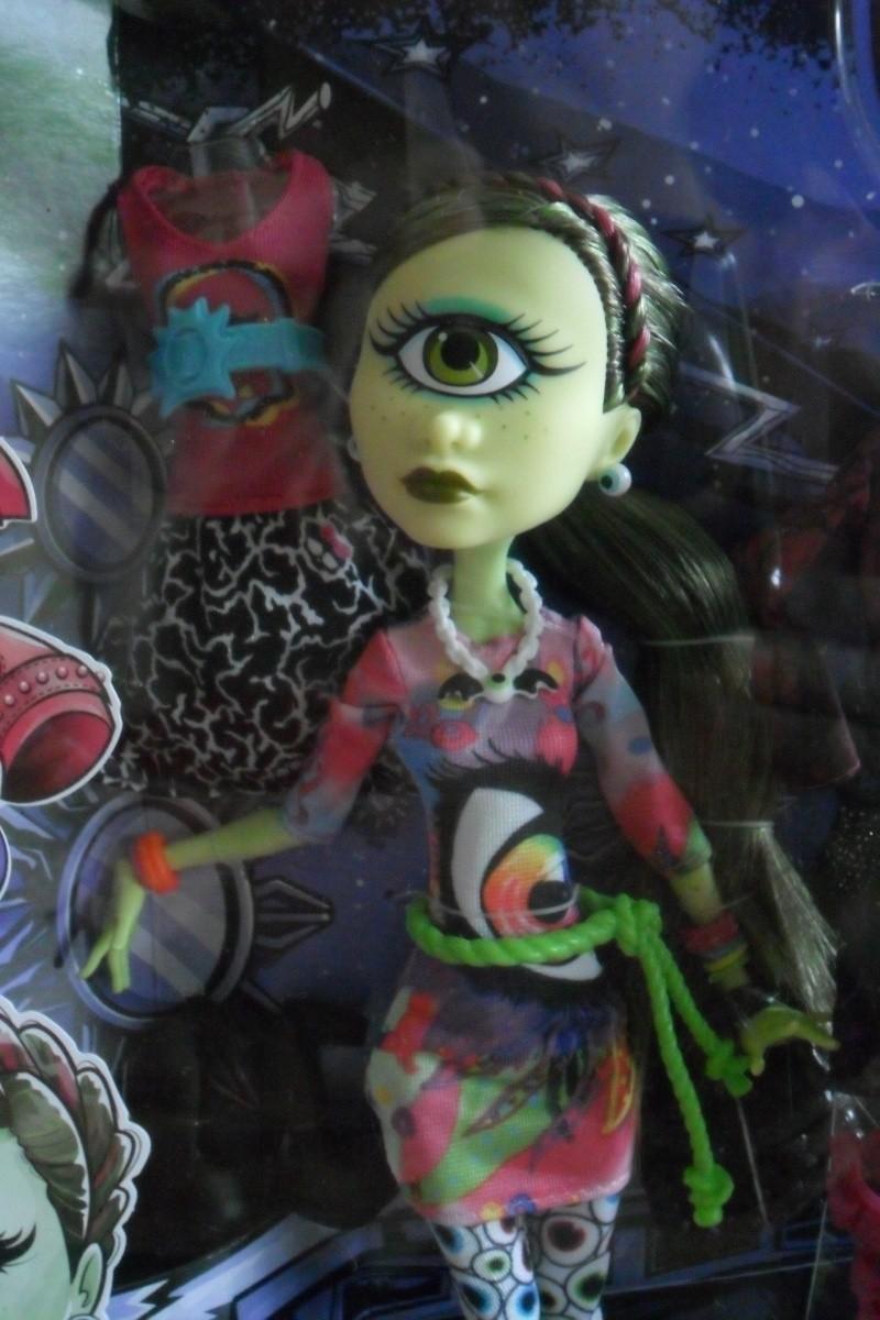 Les Monster High, les poupées que j'aurais aimé avoir petite... Nouveautés - Page 2 Sam_1921