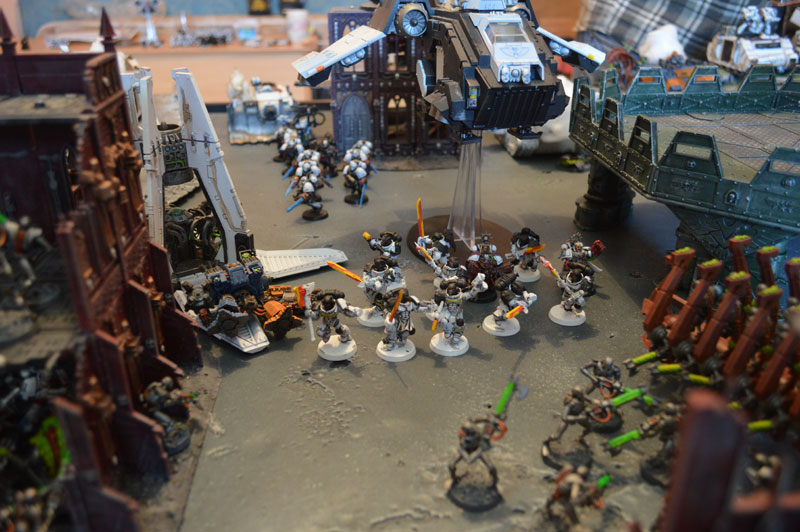 2015.10.01 - Necrons contre Spaces Marines - 4000 pts 1115