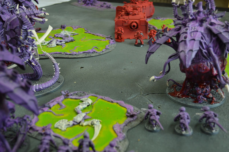 2015.08.29 - Tyranides contre Blood Angels - 2000 pts 1210