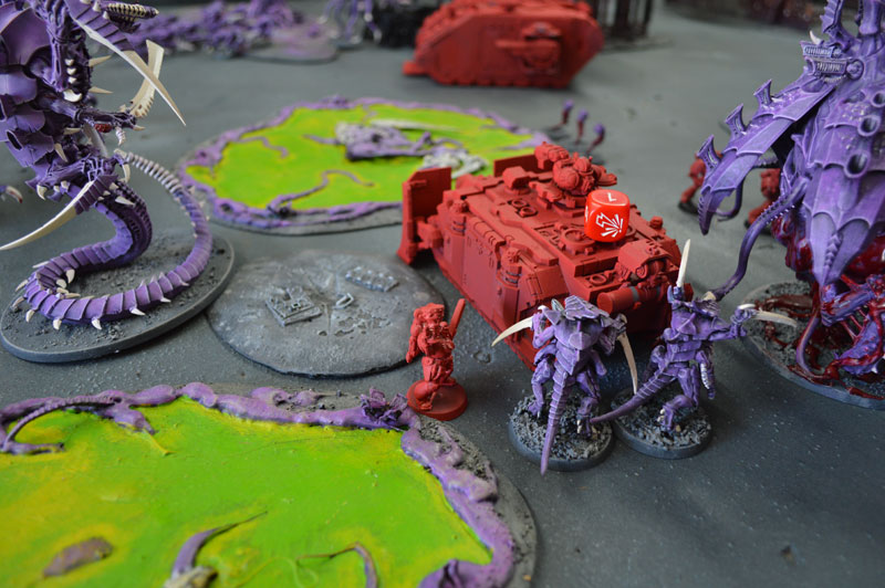 2015.08.29 - Tyranides contre Blood Angels - 2000 pts 1410