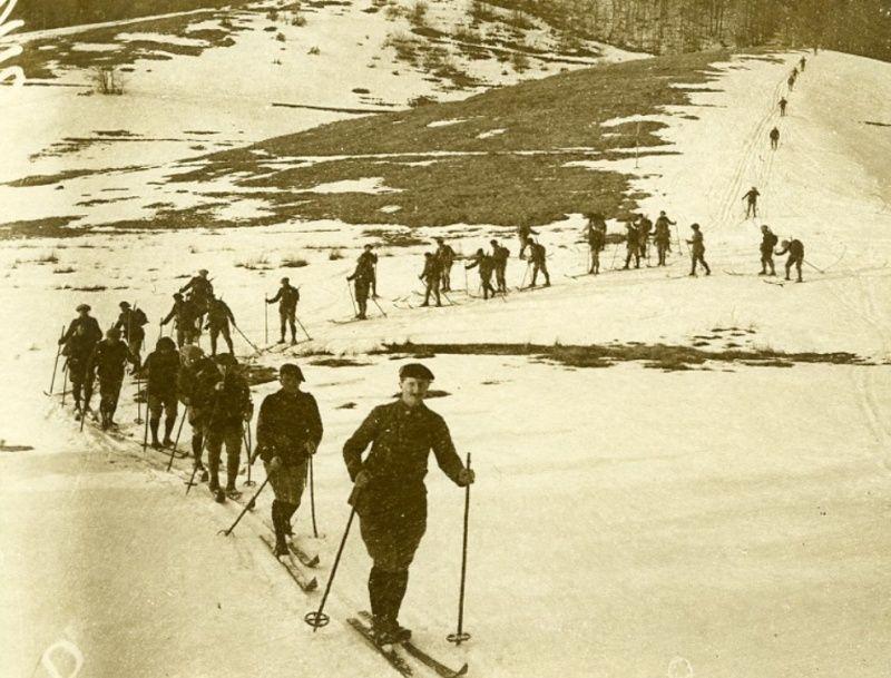 Nouvelles photos de nos Alpins. Sans_t32