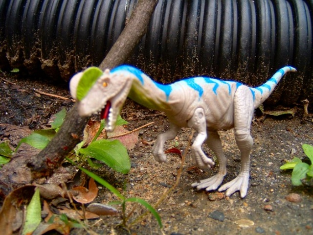 the lost world series 1 dinosaur list Diloph14
