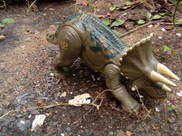 the lost world series 1 dinosaur list Trike210
