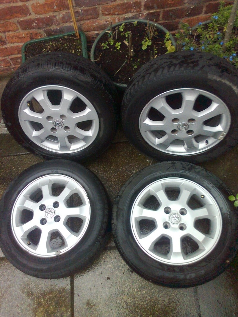"15"" 4 stud astra alloys Old_wh11"