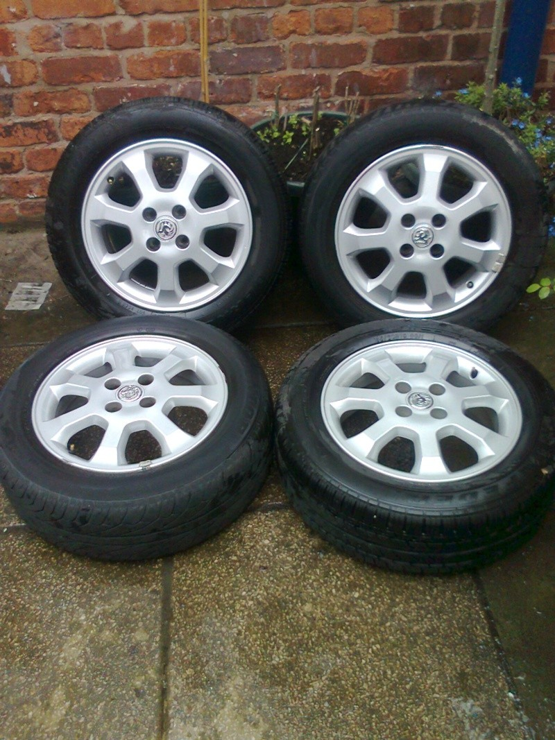 "15"" 4 stud astra alloys Old_wh13"