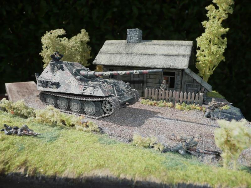 Panther Zerstorer mit 12,8 cm ( résine CPL Motorpool 1/72 ) P1010710
