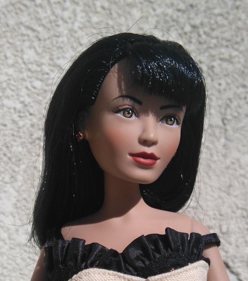 Dee Dee, l'amie de Clea Bella... Dee_210