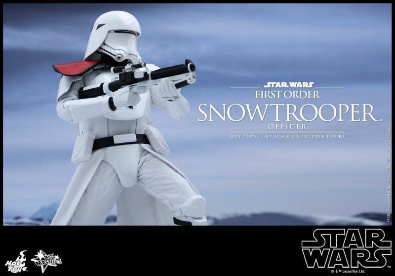 HOT TOYS - Star Wars: TFA - First Order Snowtrooper Officer 10630510