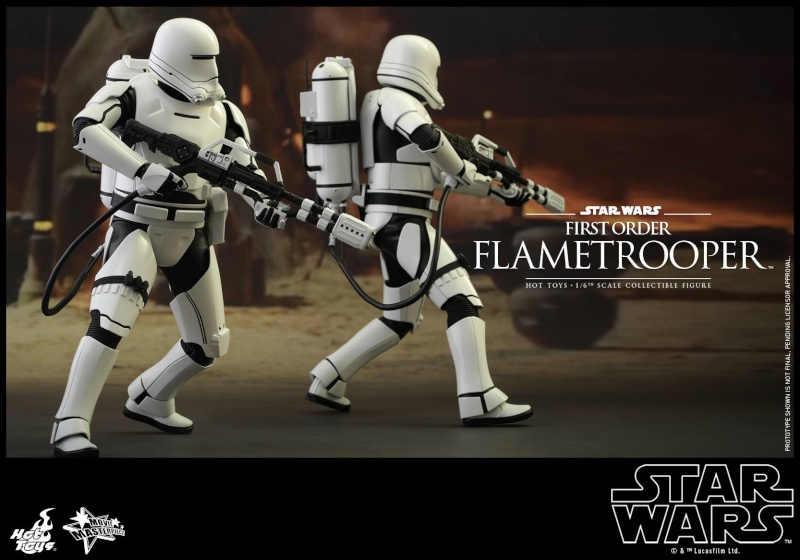 HOT TOYS - Star Wars: TFA -  First Order Flametrooper 11864810