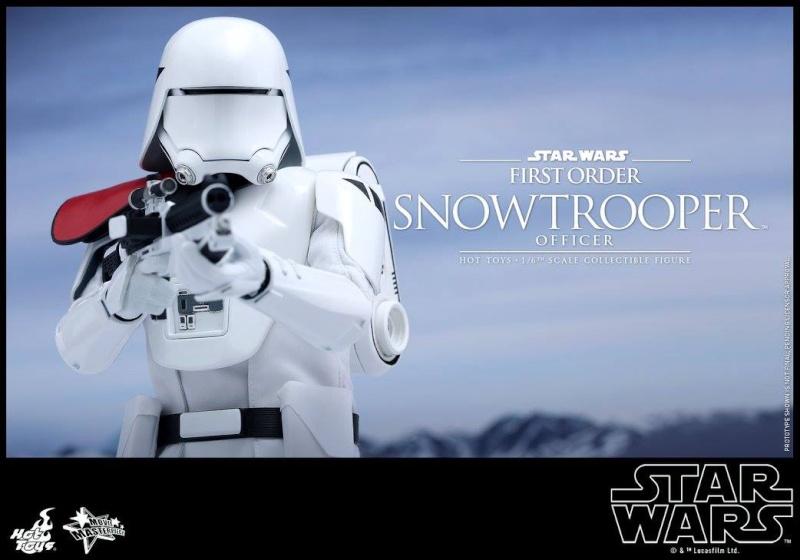 HOT TOYS - Star Wars: TFA - First Order Snowtrooper Officer 12030311