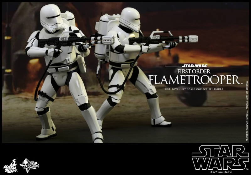 HOT TOYS - Star Wars: TFA -  First Order Flametrooper 12038911
