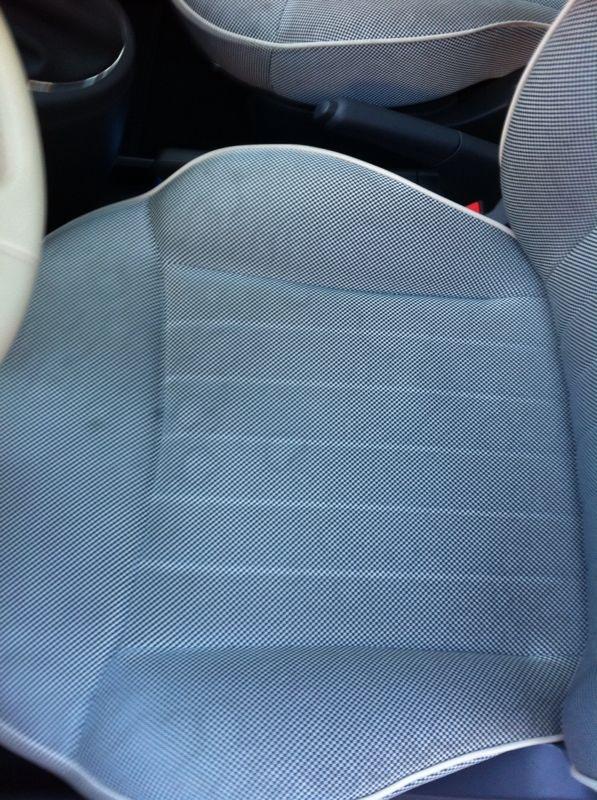 macchie acqua sul sedile - Pagina 2 Foto110