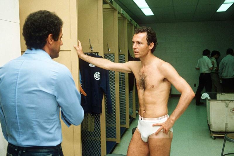 [Staff] Franz Beckenbauer  - Page 8 1bayer22