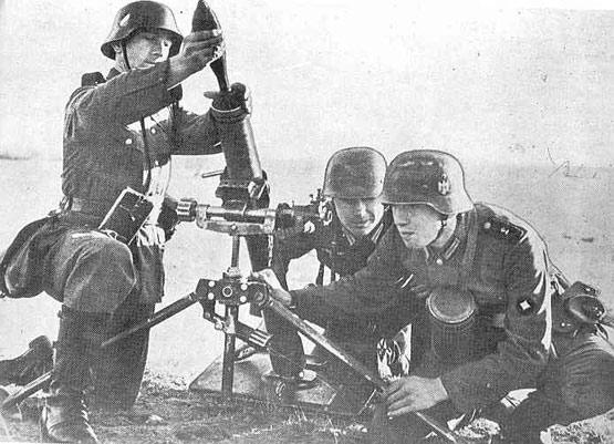 Mortier de 8cm S.gr.W.34 8-cmgr10