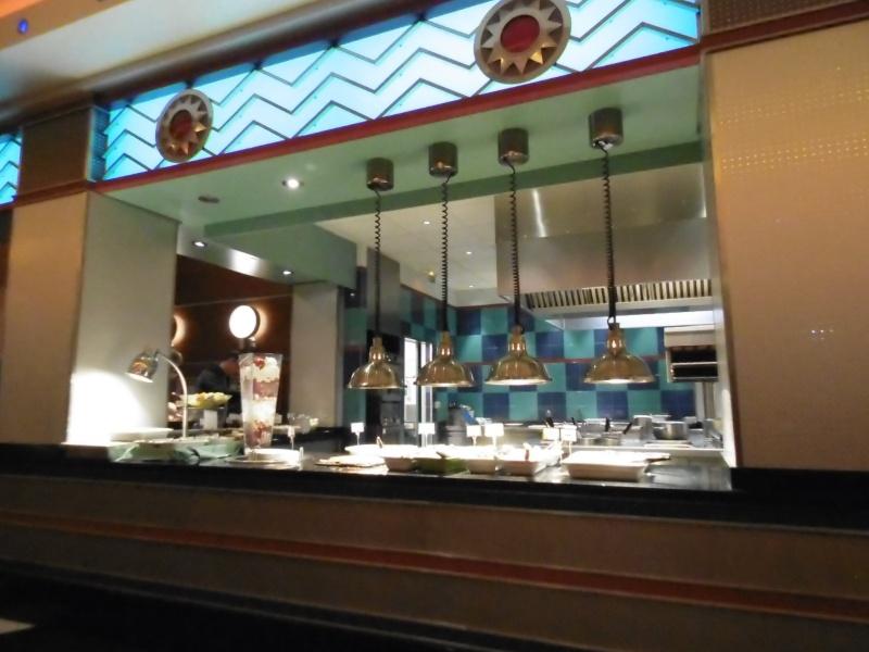 Restaurants à l'Hotel New York - Page 2 Disney12