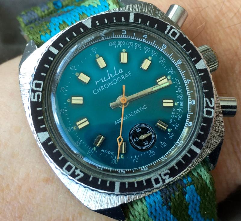 La montre non-russe du Vendredi - Page 10 Img_3210