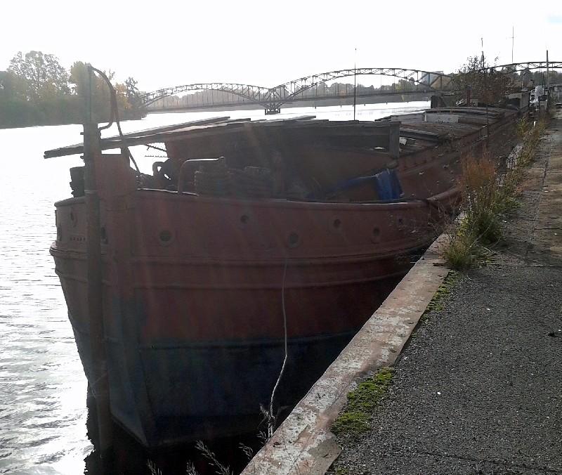 Ein alter Binnenkahn Boot1211