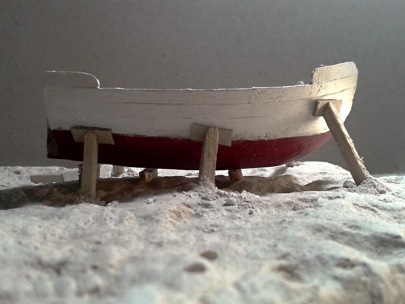 Kleines Fischerboot aus eigener Werft Boot2811