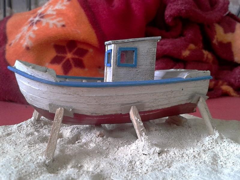 Kleines Fischerboot aus eigener Werft Boot4110