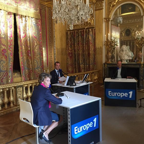 """Au coeur de l'Histoire 1/09/2015 """" la mort de Louis XIV"""" Cn0mpx10"""