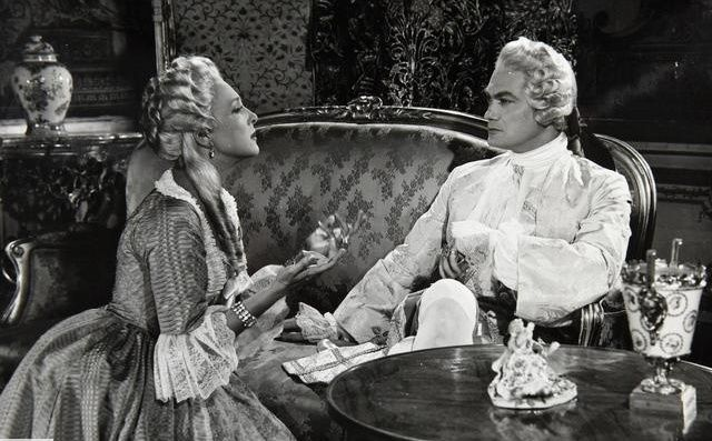 Si Versailles m'était conté par Sacha Guitry Si_ver10