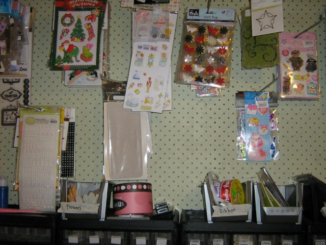 Show us your scrap space! - Page 3 Img_0213