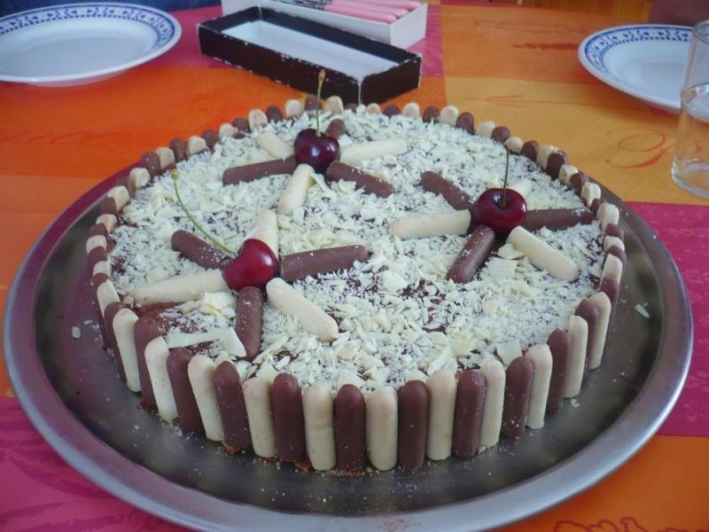 Bavarois Chocolat blanc/Cerises P1030310