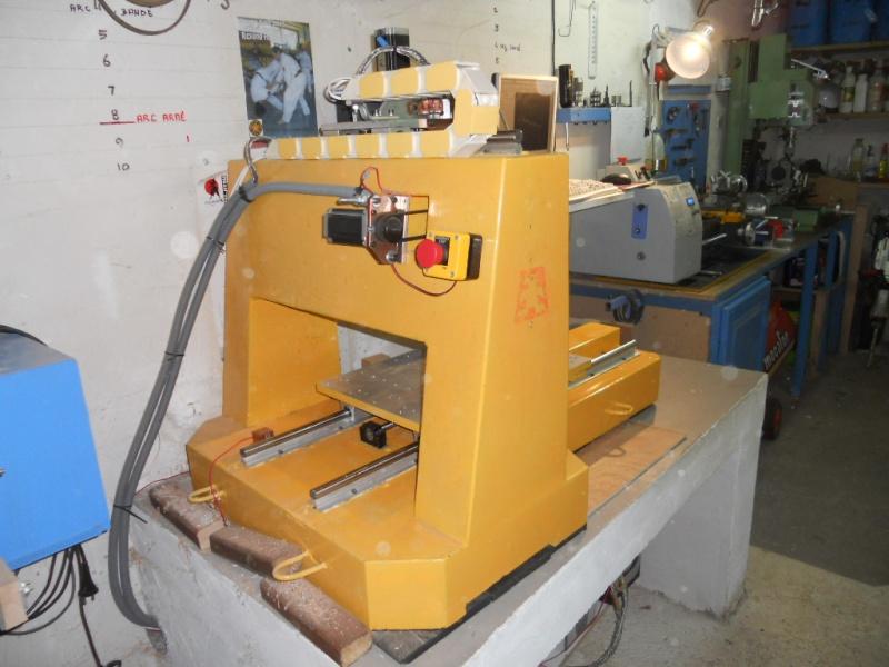 Vends CNC Châssis béton Dscn3823