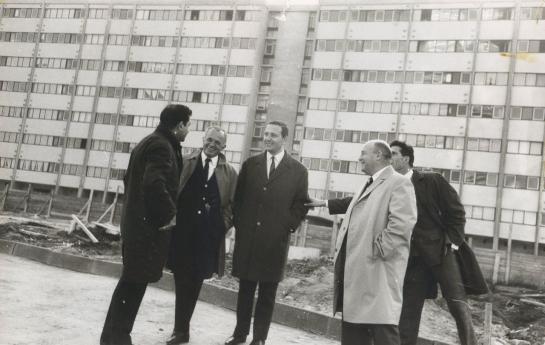 Il y a 50 ans, Fontenay refusait de devenir une gigantesque cité-dortoir - Page 2 51602910