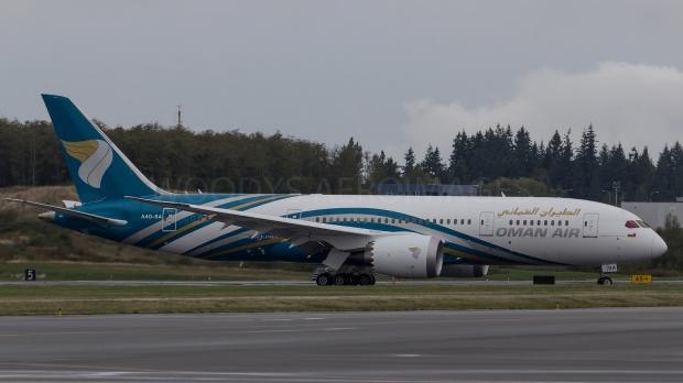 Le Boeing 787 est arrivé - Page 5 10108