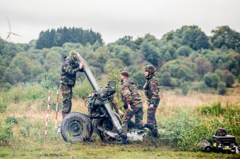 Armée Belge / Defensie van België / Belgian Army  - Page 37 1055