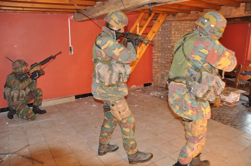 Armée Belge / Defensie van België / Belgian Army  - Page 38 1095
