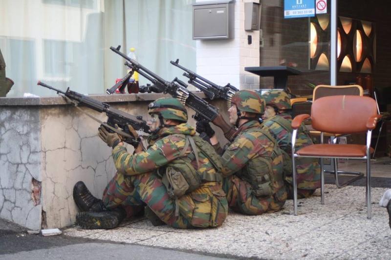 Armée Belge / Defensie van België / Belgian Army  - Page 37 1140