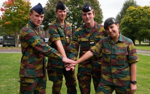 Armée Belge / Defensie van België / Belgian Army  - Page 38 1278