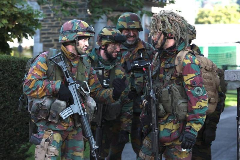Armée Belge / Defensie van België / Belgian Army  - Page 37 2014