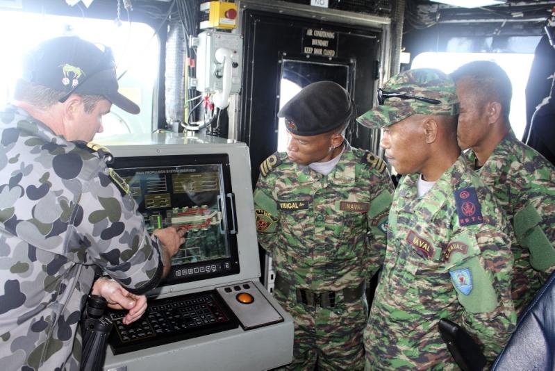 Force de défense du Timor oriental /  The East Timor defence force  229