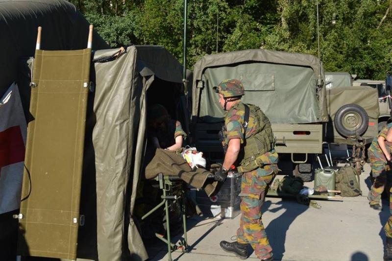 Armée Belge / Defensie van België / Belgian Army  - Page 37 2711