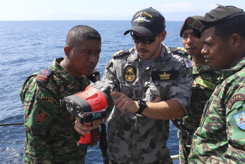 Force de défense du Timor oriental /  The East Timor defence force  418