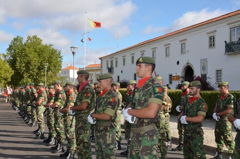 Forças Armadas Portuguesas/Portuguese Armed Forces - Page 8 4c12
